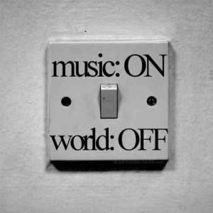 music-music-35192917-500-500